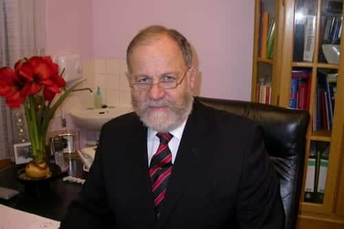 Professor B Stevens FTTS